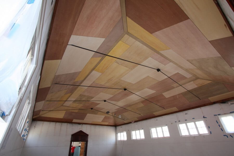 Plywood-Ceiling